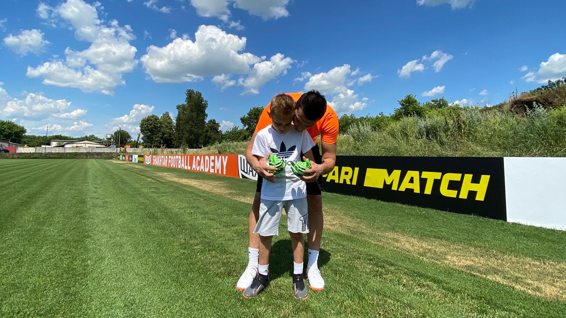 Children's goalkeeper gloves Brave GK-online store Brave GK