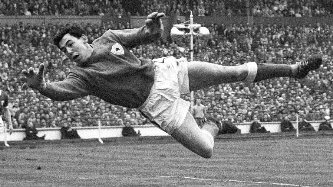 70s goalkeeping gloves - official online shop Brave GK